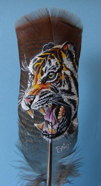 tigre rugissant peinture sur plume